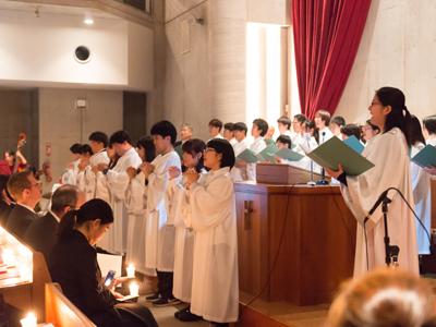 聖歌隊と手話による賛美