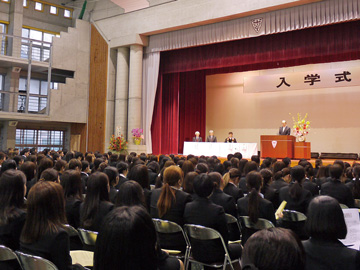 4月:入学式